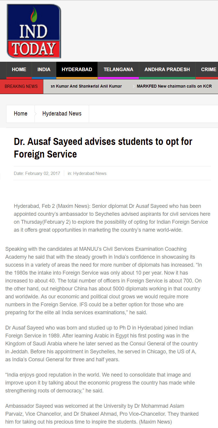 Dr. Ausaf Sayeed advises students to opt for Foreign Service